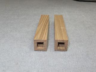 木製四角柱.jpg