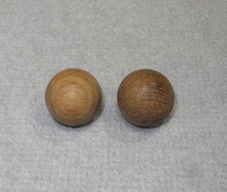 木球(木玉)・チーク無垢材.jpg
