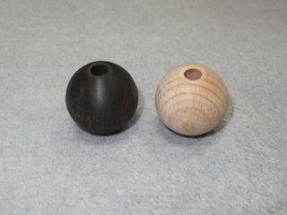 木球(木玉)・黒檀無垢材、ブナ無垢材.jpg